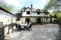 Detached House For Sale  STOKE ON TRENT Staffordshire ST4