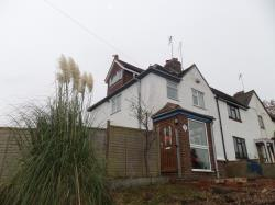 Terraced House To Let  Blisworth Northamptonshire NN7