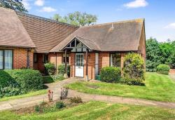Terraced Bungalow For Sale  Parklands Oxfordshire OX2