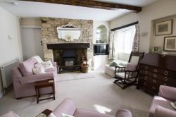 Terraced House To Let  Main Road Oxfordshire OX29