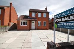 Detached House For Sale  Castleford West Yorkshire WF10