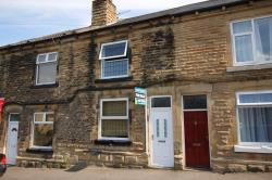 Terraced House To Let  Bell Lane West Yorkshire WF7
