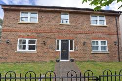 Flat For Sale  Boults Lodge Berkshire RG2