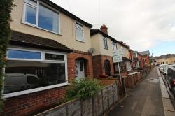 Semi Detached House To Let  Caversham Oxfordshire RG4