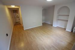Flat To Let  Prospect Street Oxfordshire RG4