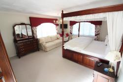 Other To Let  Lakeside Berkshire RG10