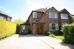 Semi Detached House To Let  Redhill Surrey RH1