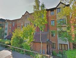 Flat For Sale  Redhill Surrey RH1