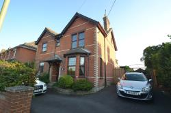 Detached House To Let  RINGWOOD Hampshire BH24