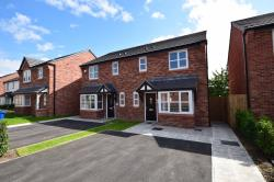 Semi Detached House To Let  Innes Close Greater Manchester OL12