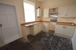 Terraced House To Let  Castleton Greater Manchester OL11