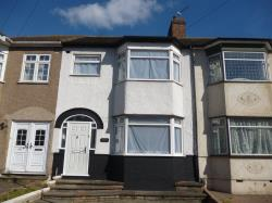 Terraced House To Let Hornchurch Romford Essex RM11
