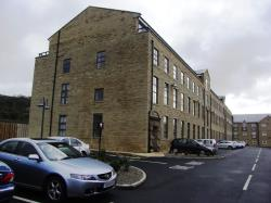 Flat To Let  Wood Street West Yorkshire BD16