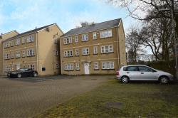 Flat To Let  Holland Park West Yorkshire BD9