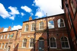 Flat To Let  St Peters Close South Yorkshire S1