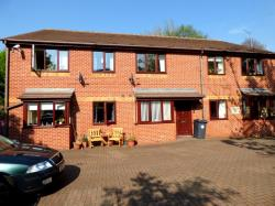 Flat To Let  Rotherham South Yorkshire S65