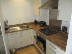 Flat To Let  Cornish Sq South Yorkshire S6