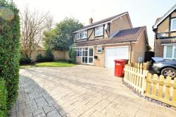 Detached House For Sale  Burnham Buckinghamshire SL2