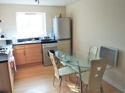 Flat To Let  Slough Berkshire SL1