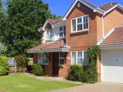 Detached House To Let  Horton Heath Hampshire SO50