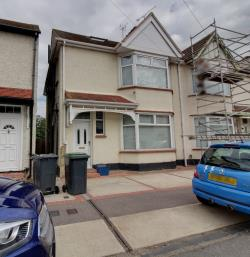 Semi Detached House To Let  Shoeburyness Essex SS3
