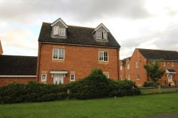 Detached House To Let  Hatfield Hertfordshire AL10
