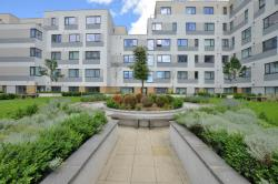 Flat For Sale  West Plaza Berkshire TW19
