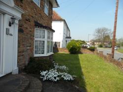 Flat To Let Stanwell Staines Berkshire TW19