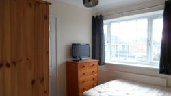 Flat To Let  STAINES Berkshire TW19