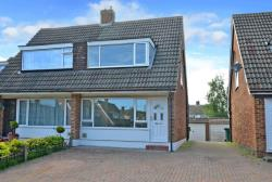 Semi Detached House To Let  The Glade Surrey TW18