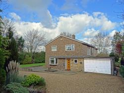 Detached House To Let  Stamford Lincolnshire PE9