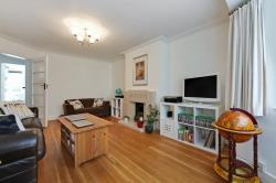Flat For Sale  Streatham High Road Greater London SW16