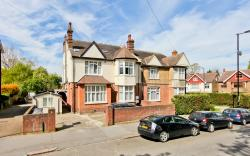 Flat For Sale  St. Helen's Crescent Greater London SW16