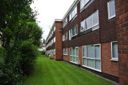 Flat To Let Lichfield Road Four Oaks West Midlands B74