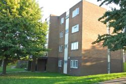 Flat To Let Alwynn Walk Erdington West Midlands B23
