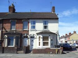 Detached House To Let  Swindon Wiltshire SN1