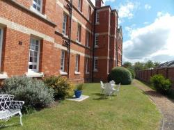 Flat To Let  Taunton Somerset TA1