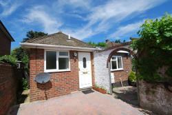 Detached Bungalow To Let  Tonbridge Kent TN10
