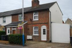 Terraced House To Let  Tonbridge Kent TN10