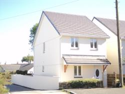 Detached House To Let  Rivendale Cornwall TR8