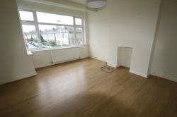 Flat To Let  Woodford Essex IG8