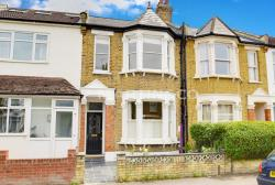 Terraced House To Let  Wanstead Greater London E11