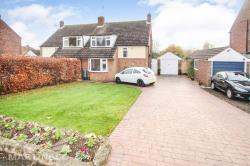 Semi Detached House For Sale Digswell Welwyn Garden City Hertfordshire AL6