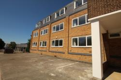Flat To Let Mead Lane Hertford Hertfordshire SG13