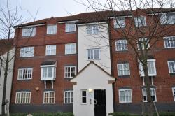 Flat To Let  Node Way Gardens Hertfordshire AL6