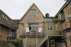 Flat To Let  Burford Oxfordshire OX18
