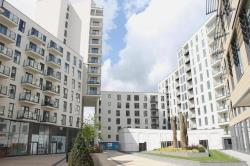 Flat To Let  Olympian Heights Surrey GU22