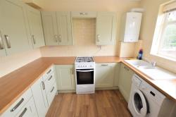 Flat To Let  Rydens Parade Surrey GU22