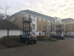 Flat To Let  Knaphill Surrey GU21