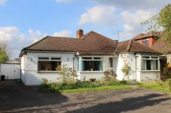 Detached Bungalow For Sale  Wokingham Berkshire RG40